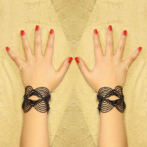 Bracelet noir Claire Colin